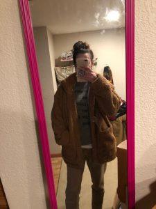 Elegantiškas dirbtinio kailio moteriškas paltukas photo review
